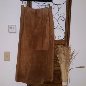 ♥️😊100% suede wrap maxi skirt🌹